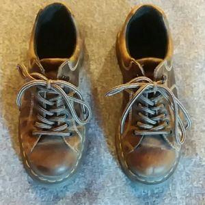 Dr. Martens Womens Shoe